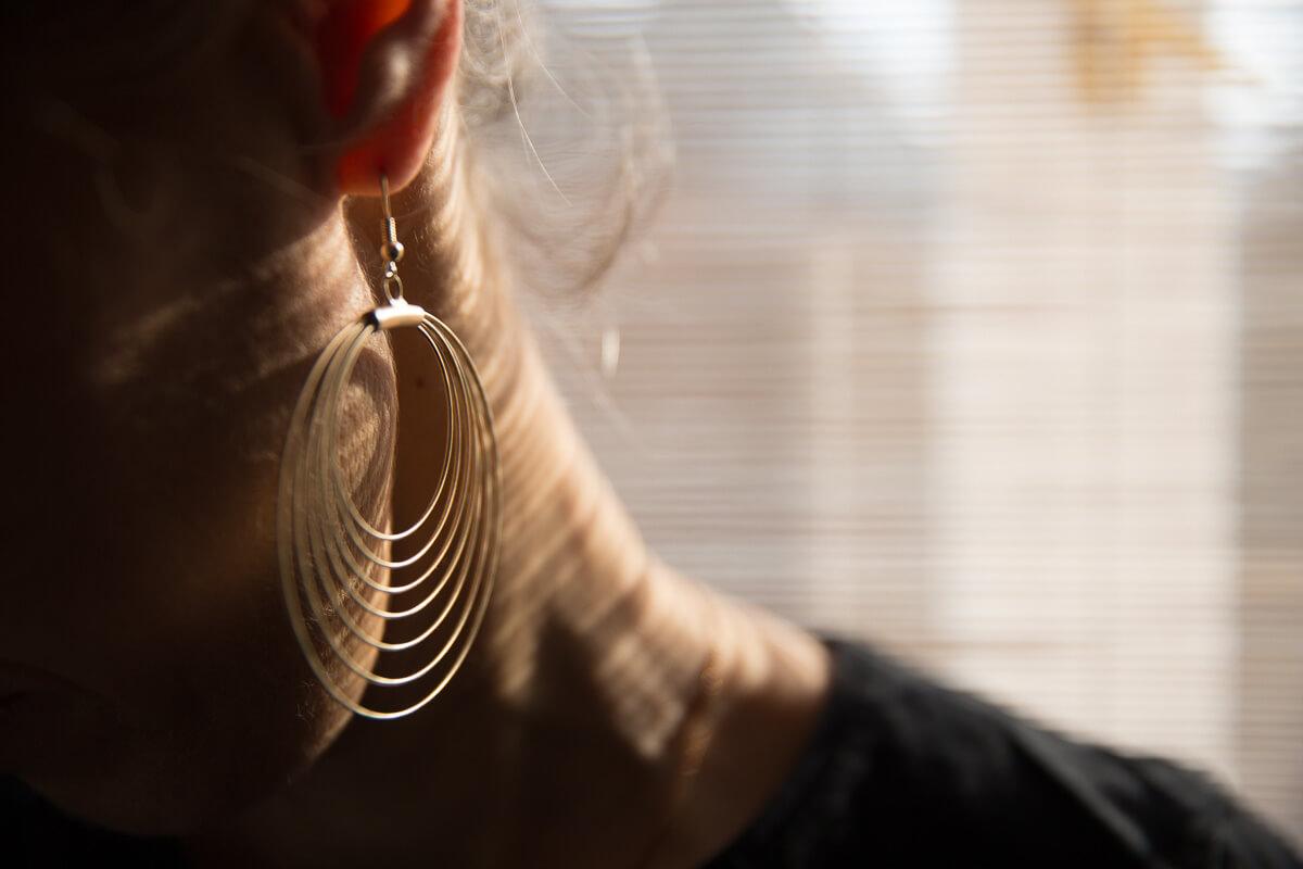Ohrringe sind ein schönes Accessoire, nicht nur wegen ihrer Wirkung bei Selfies