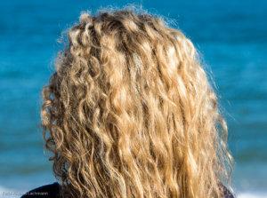 Gerade im Sommer brauchen unsere Haare die richtige Pflege und wichtige Nährstoffe.