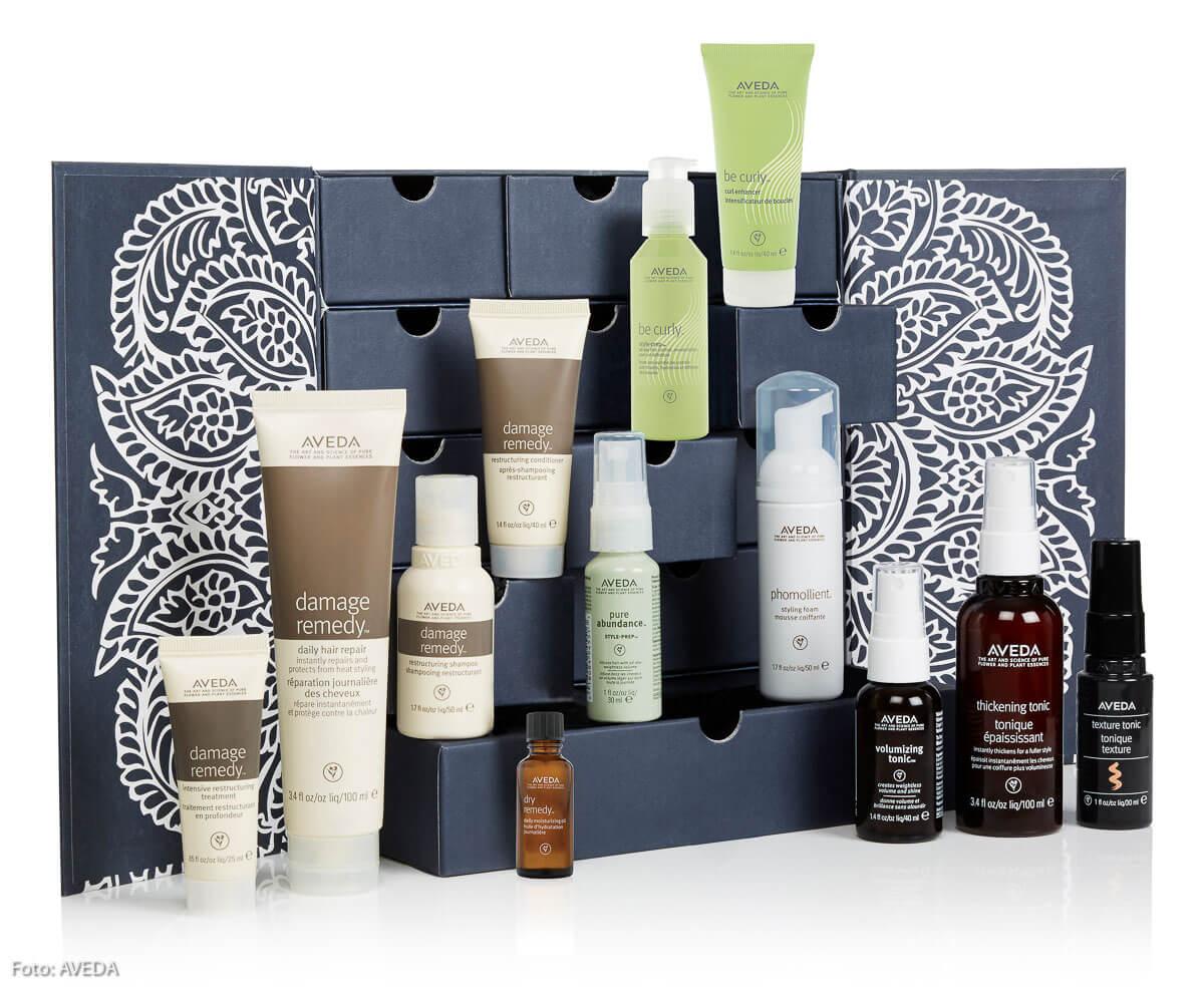 Der AVEDA-Adventskalender: in jeder der zwölf Schubladen gibt's ein kleines Wohlfühlgeschenk für natürlich schönes Haar.