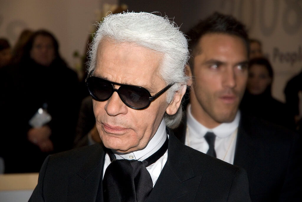 Karl Lagerfeld, Berlinale 2008. Foto/Urheber: Siebbi. CC BY 3.0. https://creativecommons.org/licenses/by/3.0/deed.de