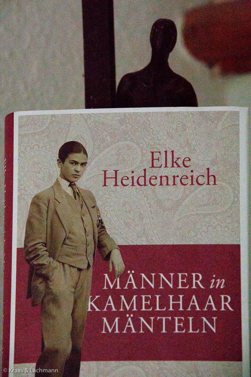 Elke Heidenreich, Männer in Kamelhaar-Mänteln. Frisurenblog-Buchtipp